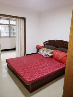 (老城区)涌金花苑 3室2厅1卫106m²简单装修