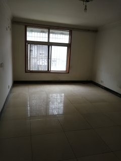 (城西区)紫丁香小嘉园107平3室2厅1卫简装三楼66万