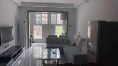 首租秀水湾2室2厅1卫1600元/月90m²