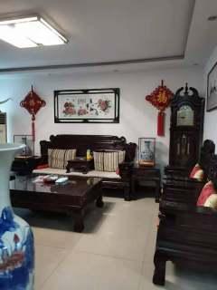 时尚小区多层2楼精装3室2厅1卫73万106m²送23平储藏室出售