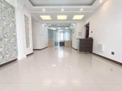 (老城区)万邦盛世嘉园4室2厅2卫96.8万127m²出售