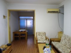 (老城区)县医院宿舍3室2厅1卫1600元/月95m²出租