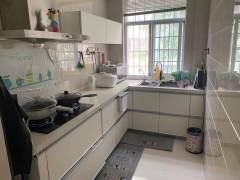 (新城区)东方翰苑3室2厅2卫98.8万116m²送家具家电送地上17平车库