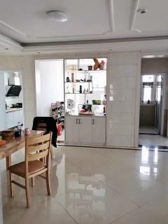 (新城区)秀水湾4室2厅2卫100万132m²实际面积140左右