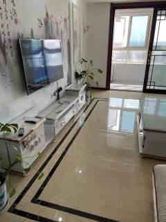 (城东区)汇龙国际花园3室2厅1卫2200元/月120m²出租