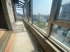 (新城区)龙湖领墅上叠5室2厅2卫260万183m²出售