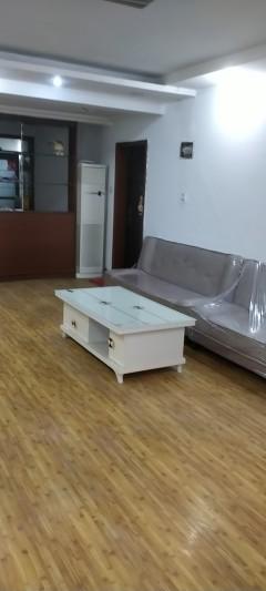 供销小区3室2厅1卫1250元/月120m²出租