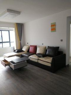 (新城区)新苏名苑4室2厅2卫2000元/月143m²出租