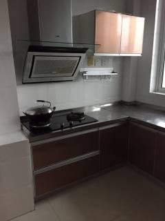 (城东区)荣盛文景苑 3室2厅1卫1700元/月130m²精装修出租