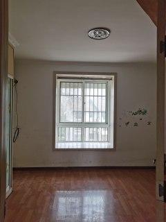 (新城区)现代汉城3室2厅2卫79万127m²出售