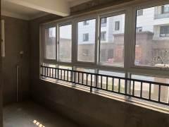 凤凰园3室2厅2卫138.6万124m²出售包增值税送60平储藏室车位