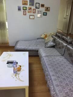 荣盛文景苑 3室2厅2卫1700元/月精装修家具家电齐全 拎包即住