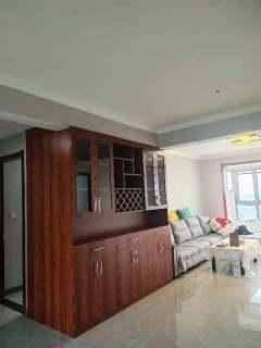 (新城区)御景湾3室2厅2卫2000元/月135m²出租