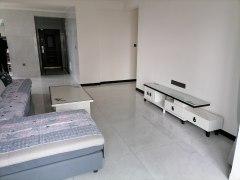 (新城区)东方名郡3室2厅2卫1500元/月140m²出租