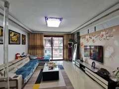 (新城区)御华府3室2厅2卫135万127.8m²出售