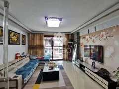 (老城区)御华府3室2厅1卫138万128m²精装修出售
