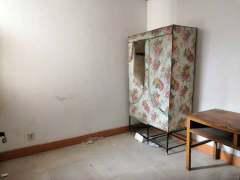 (老城区)月亮湾 3室2厅1卫86万96m²简单装修出售