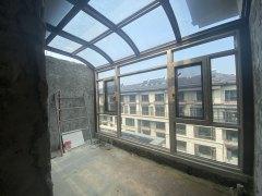 (新城区)龙湖领墅5室2厅2卫260万183m²出售