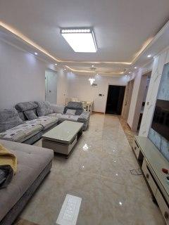 明德书香苑 东边户3室2厅2卫116万131m²